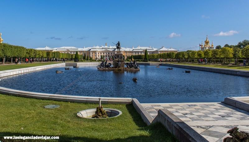 Entrada al Peterhof