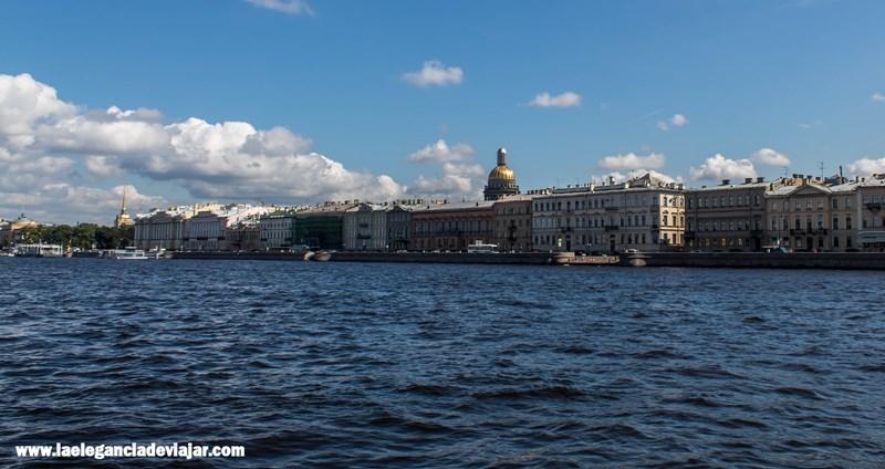 San Petersburgo desde el río