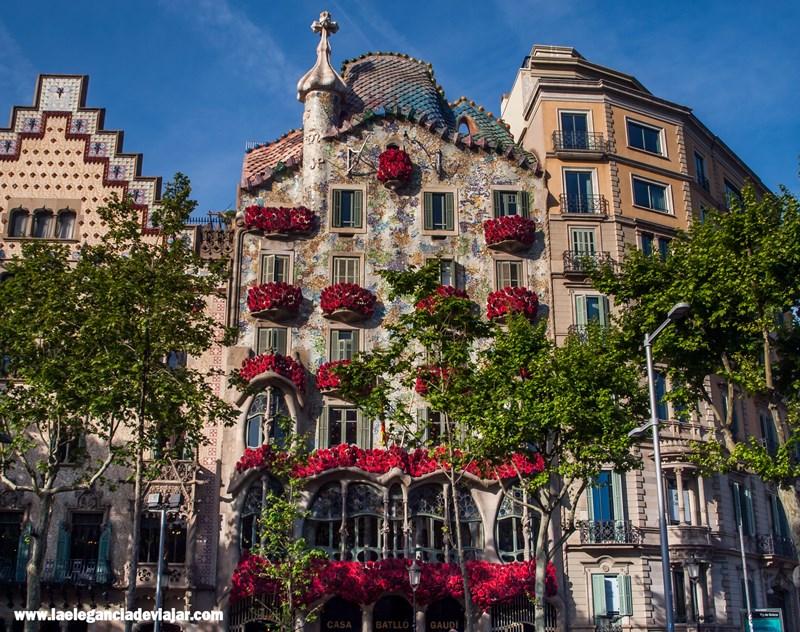 Casa Batlló durante Sant Jordi