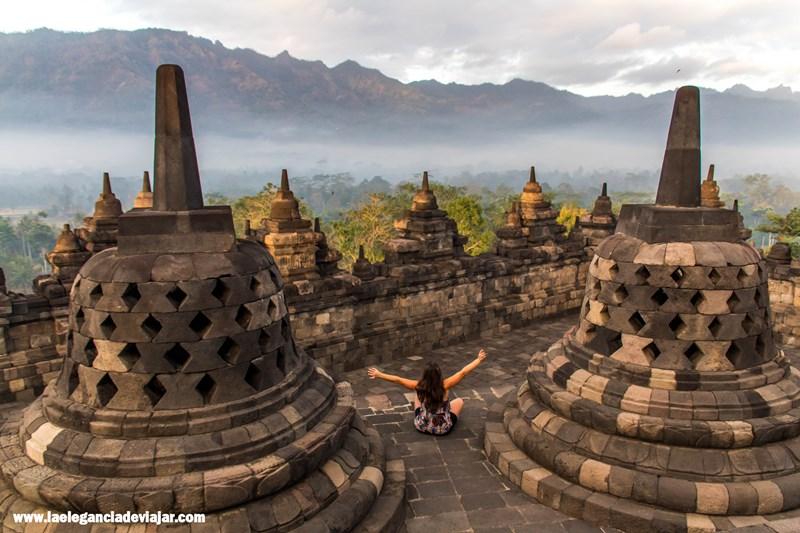 Borobudur al amanecer