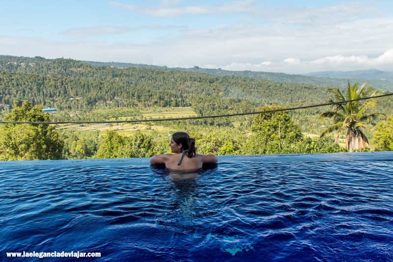 Infinity pool en Bali Rahayu