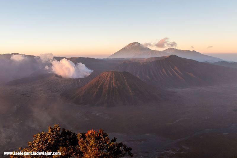 Volcanes en el Parque nacional de Bromo-Tengger-Semeru