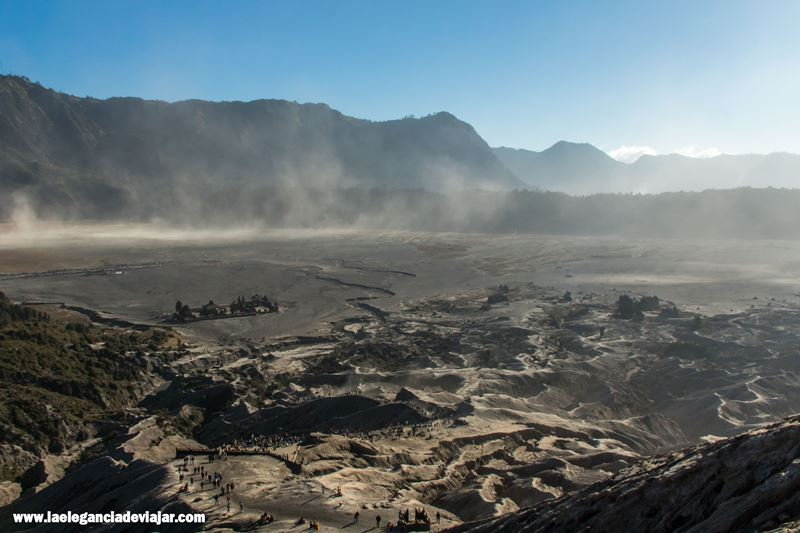 Mar de arena desde la subida a Bromo