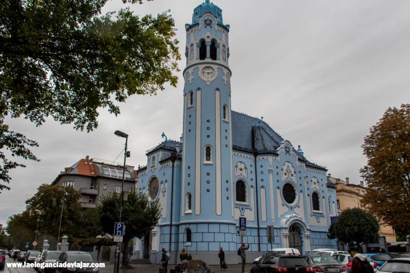 Iglesia de St Elisabeth-Iglesia azul