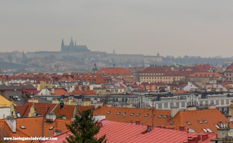 Vistas al Castillo de Praga desde Vyšehrad