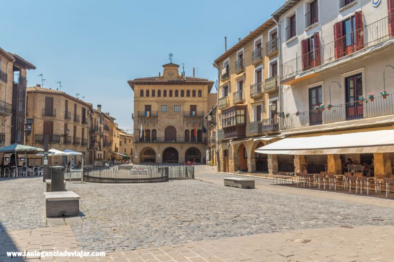 Plaza de Carlos III en Olite