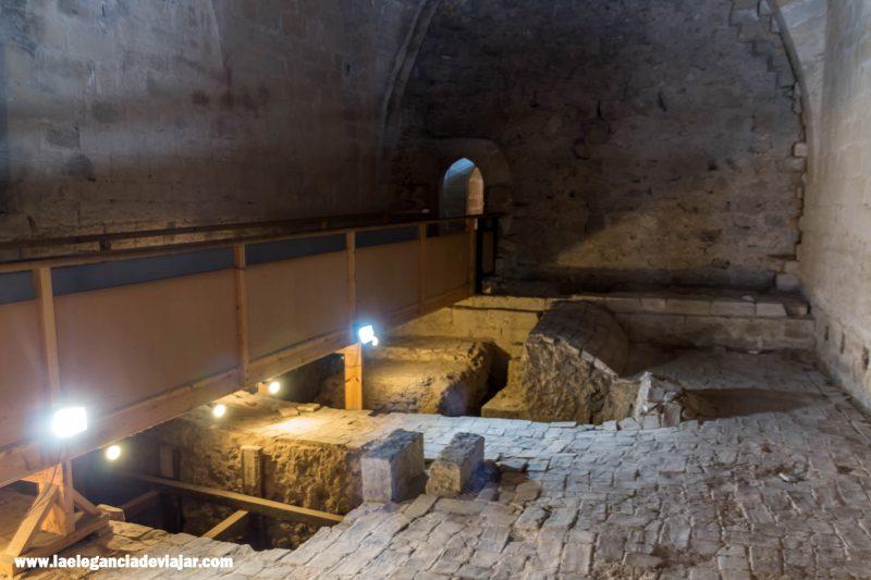 Sala de Excavaciones en el Palacio de Olite
