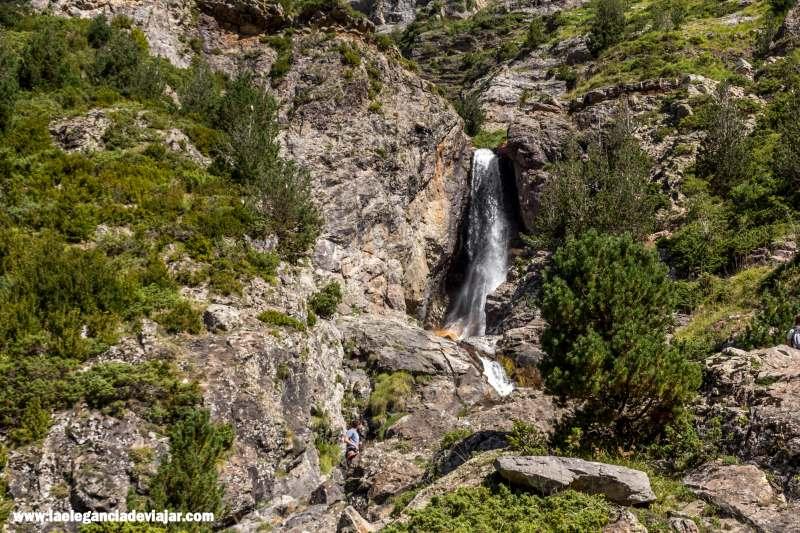 Cascada en los Llanos La Larri