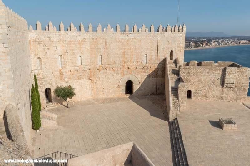 Patio de Armas del Castillo de Peñíscola
